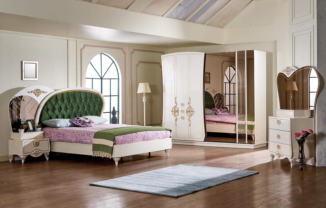 Klassik yataq otağından daha çoxu....