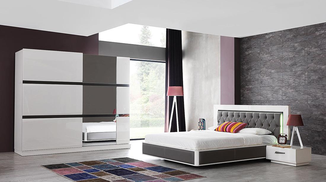 akvarello yataq dəsti